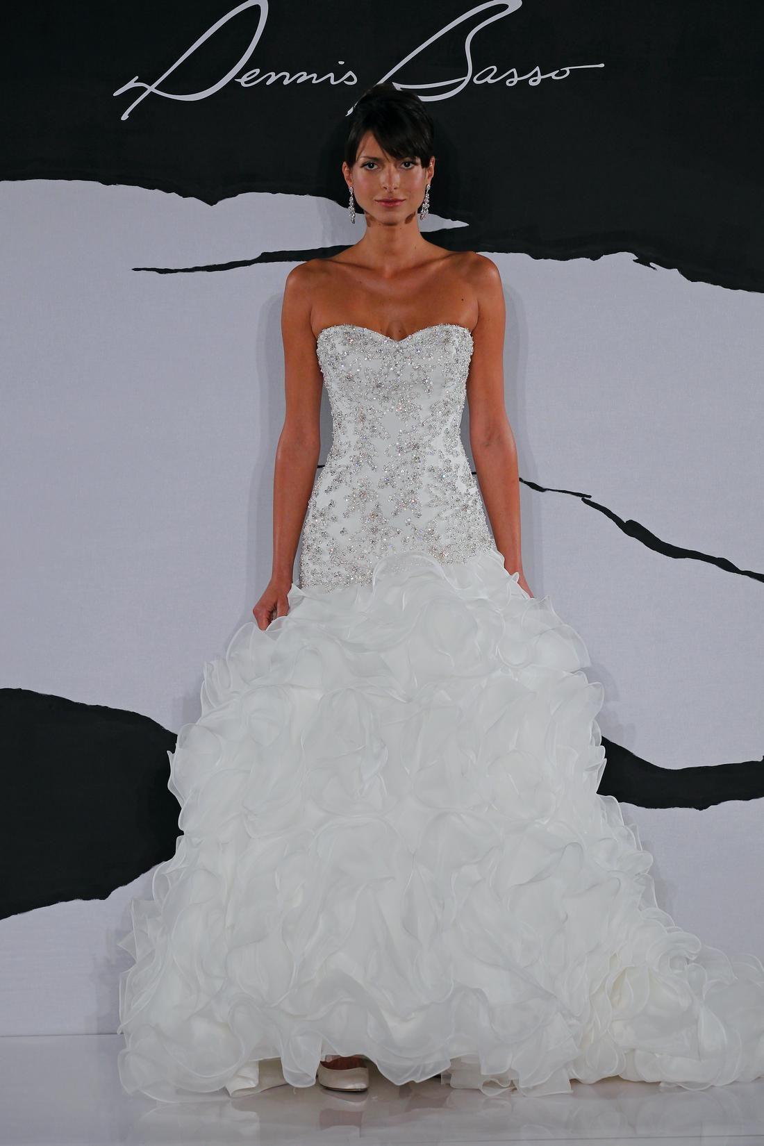 Dennis basso mermaid wedding dress with sweetheart for Drop waist wedding dress with sweetheart neckline