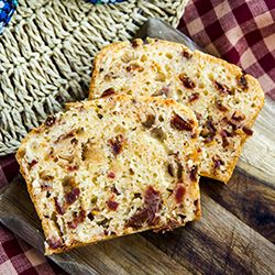 Snack Cake with Dried Tomatoes