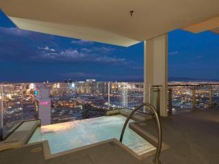 Palms Place Penthouse Floor57 Heated Infinity Pool Tripadvisor Las Vegas Vacation Rental Las Vegas Vacation Rentals Las Vegas Rooms Vegas Hotel Suites