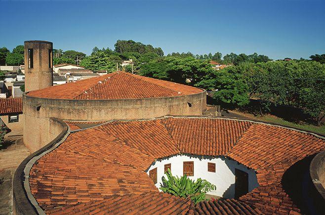 Igreja do Espírito Santo do Cerrado, Uberlândia- Minas Gerais, 1976 - Pesquisa Google