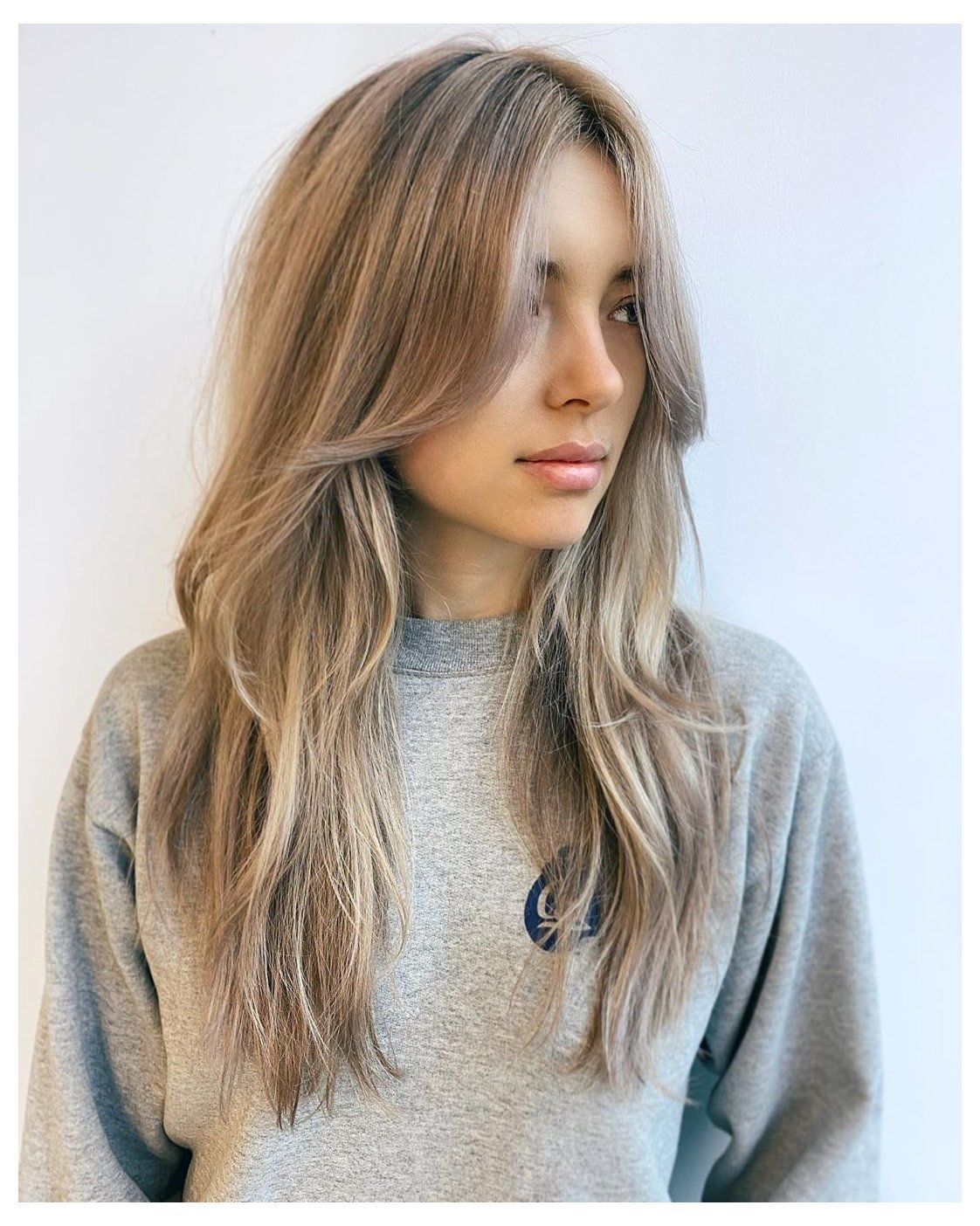 14 Cute Long Layered Haircuts With Bangs In 2020 Curtain Bangs Long Hair Own This Instant Celebrity Look Hair Styles Long Hair Styles Long Hair With Bangs