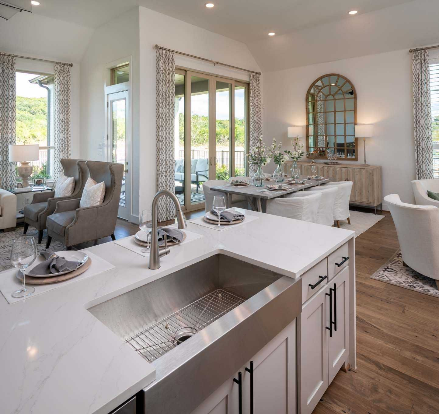 Kitchen In Highland Homes 216 Plan At 17906 Cantera Court San