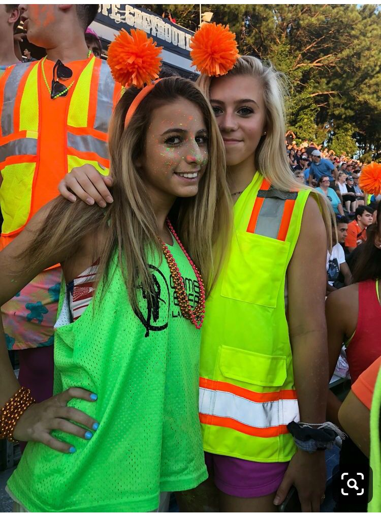 Pin By Norah Nevener On Neon Partyy Football Game Outfit Highschool Football Game Outfit Sports Day Outfit