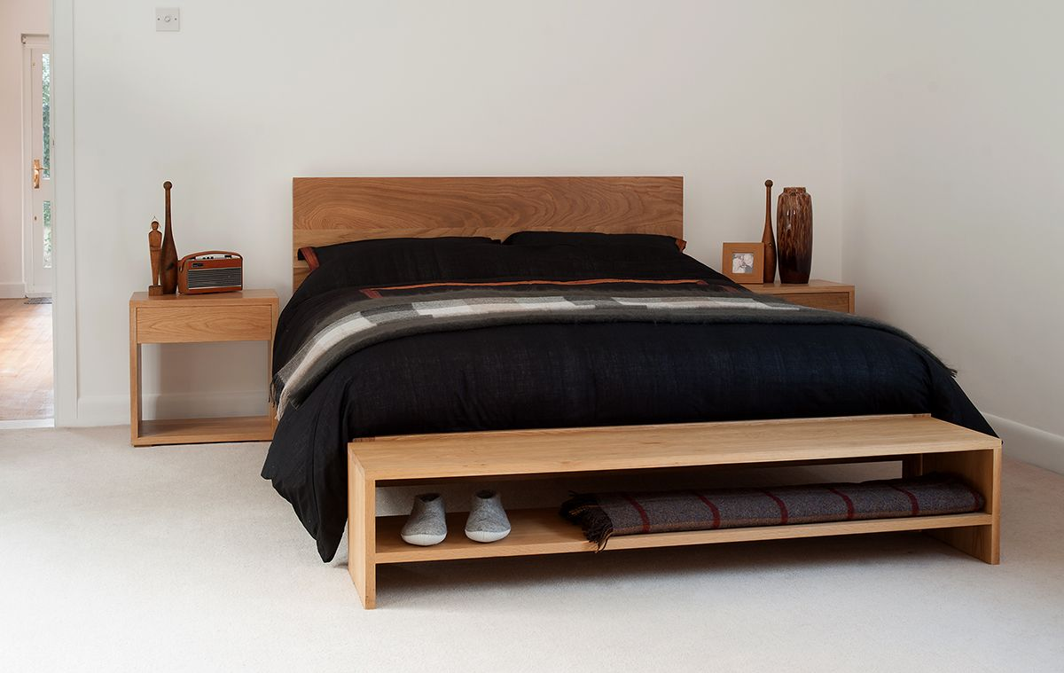Incroyable A Stylish, Solid Wood End Of Bed Bench For Extra Bedroom Storage And A  Place To Sit! The Benches Are Available In Solid Oak Or Walnut. Free UK  Delivery.