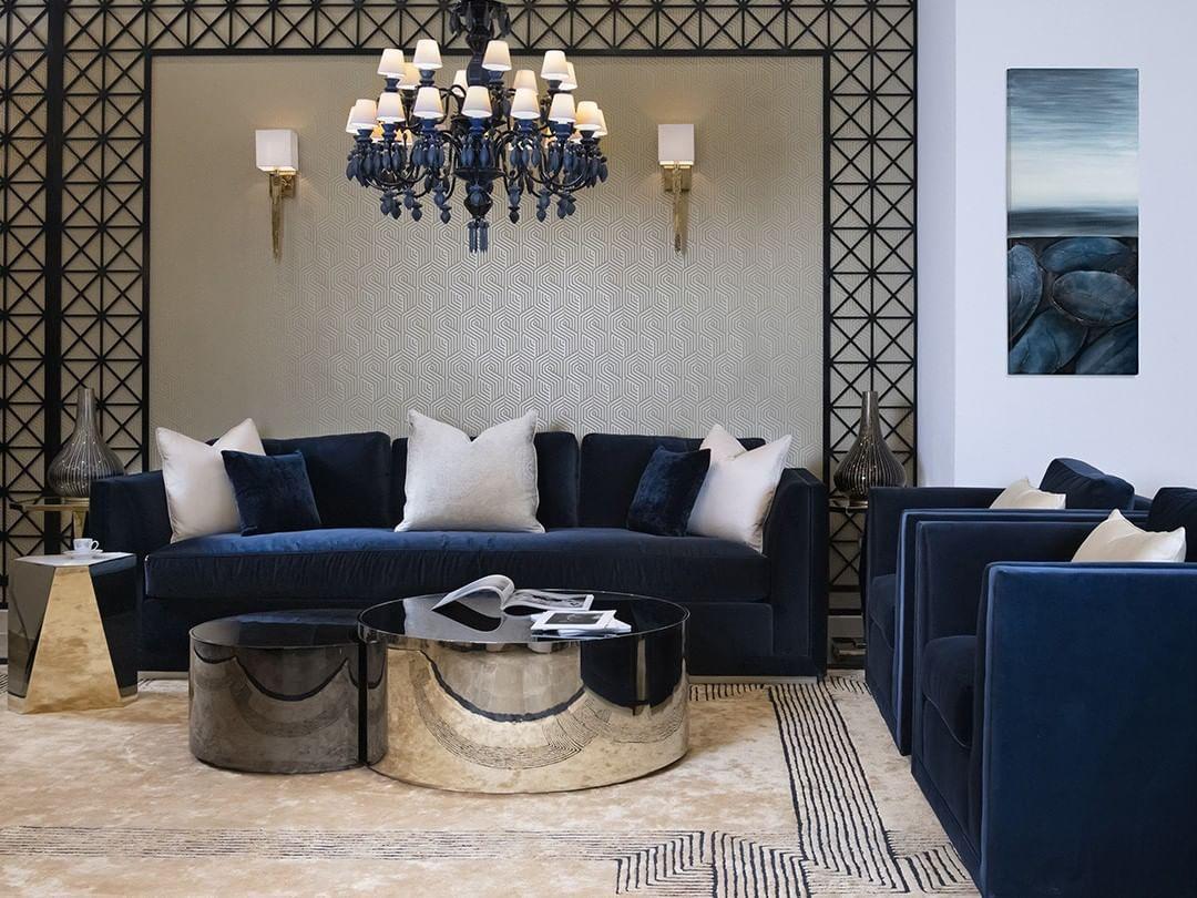 Caracole Qatar On Instagram كاراكول يجلب روعة الأثاث الأمريكي التقليدي رفاعة المستوى البراعة و الرقة مبنية في الأثاث Cara Home Decor Room Decor Furniture