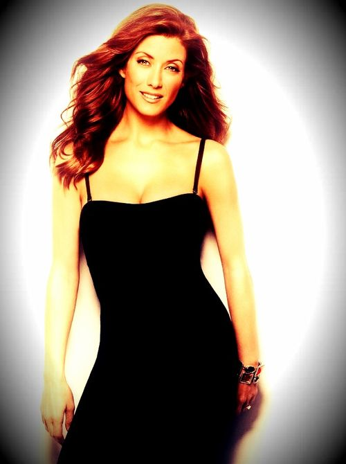 The lovely Kate Walsh (Addison Montgomery) From Grey\'s Anatomy ...