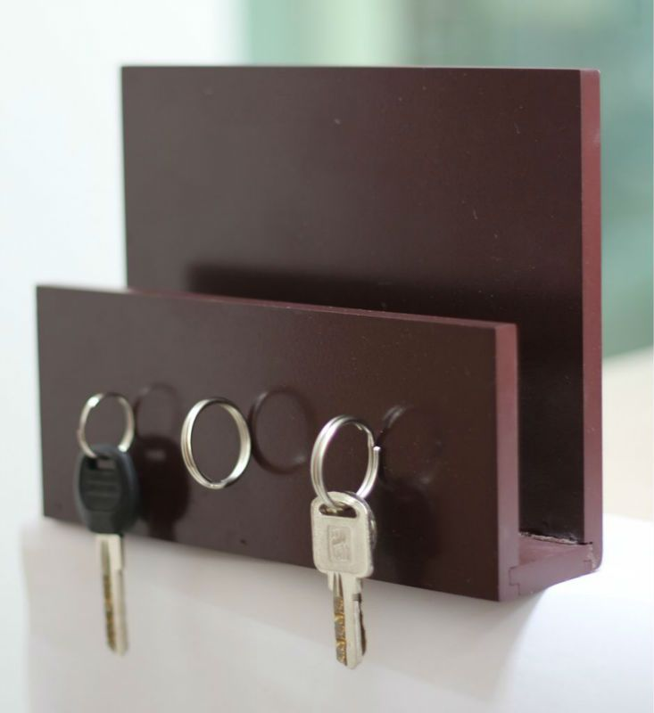 Wooden Compact Magnetic Key Mail Holder For Multiple Keys With Wall Hanging Place The Key Hanging From Wood In 2019 Magnetic Key Holder Mail Holder Key