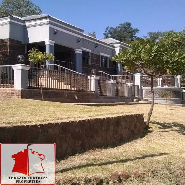 Wonderful CHISHAWASHA HILLS HOUSE FOR SALE On A Stand Measuring 2600m2 With A 5000  Liter Water Tank Is A Beautiful House Set In The Hill, With Magnificent  Views Of ...