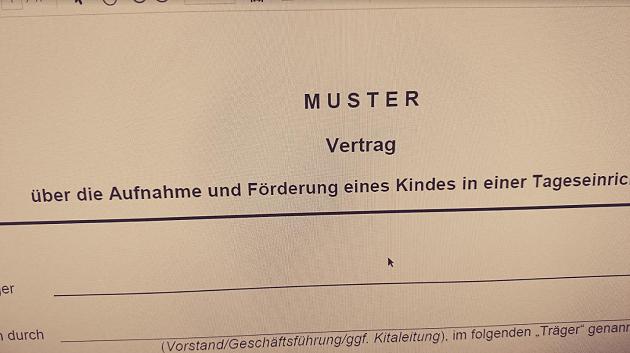 Achtung Kita Trager In Berlin Muster Betreuungsvertrag Der Kitaaufsicht Ist Veraltet Vertrag Jugendamt Kita