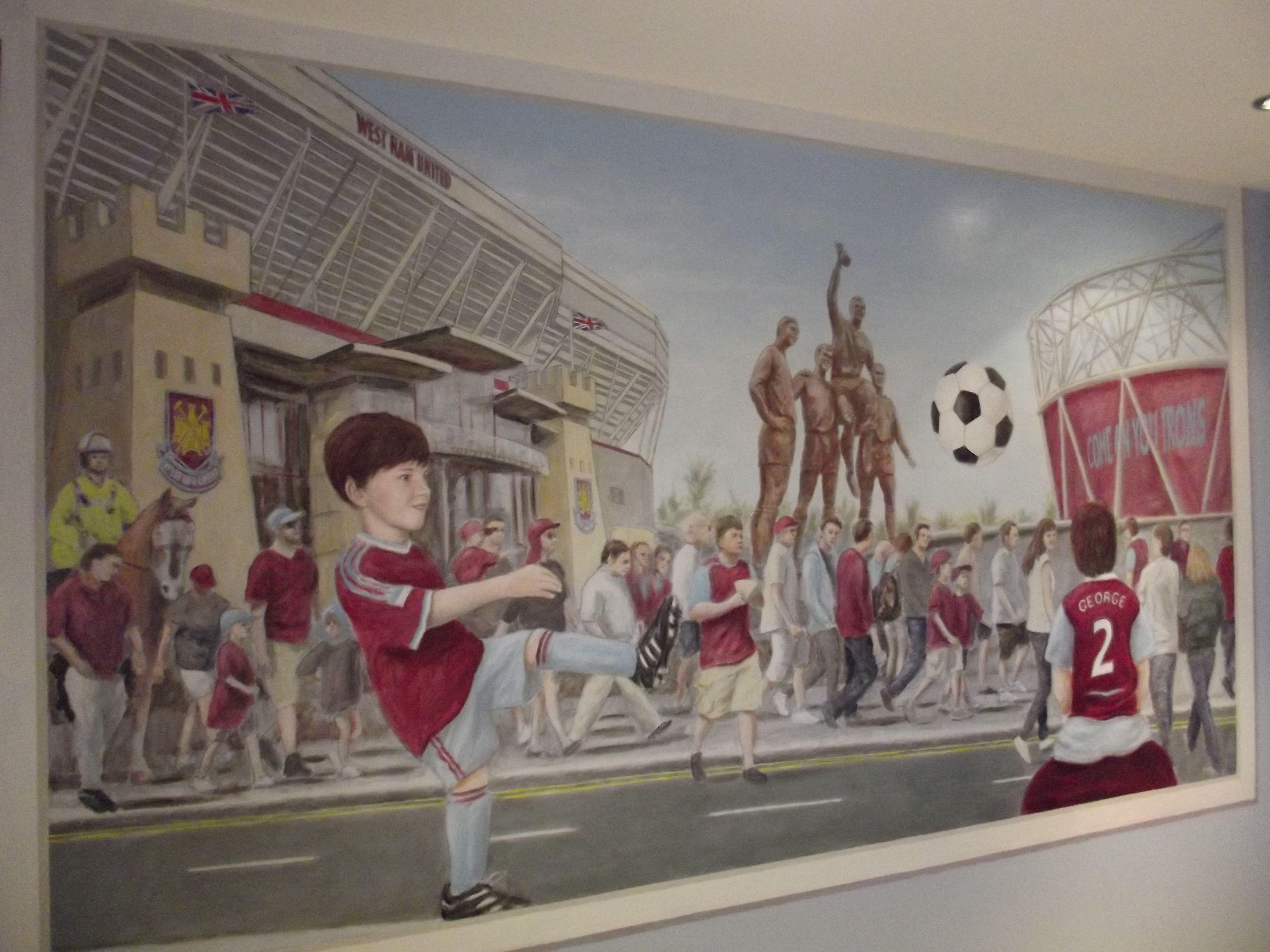 Mural in a West Ham fans bedroom - 2014 | Boys bedrooms ...