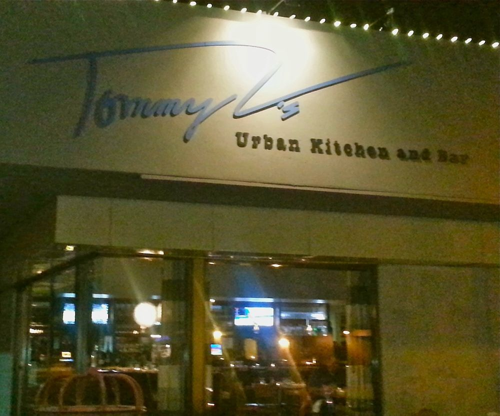 Tommy V S Urban Kitchen And Bar Phoenix Real Estate Tomi Urban