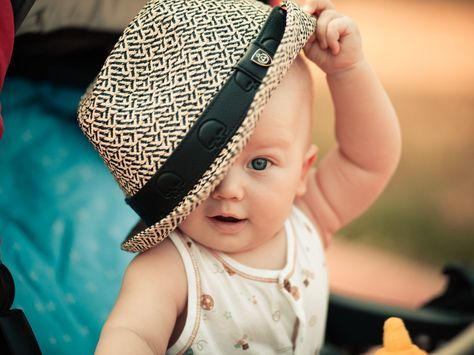 Cute Baby Girl Wallpapers Free Download Hd Beautiful Desktop Images Cute Baby Wallpaper Cute Boy Wallpaper Cute Baby Girl Wallpaper