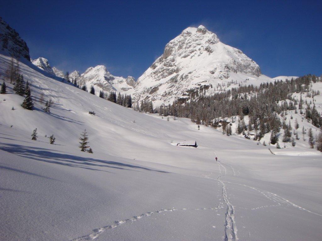 Willkommen auf der Coburger Huette - Coburger Hütte Austria Alpen Alps Winter Schnee Snow
