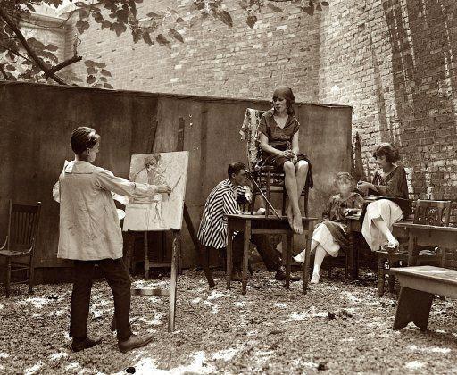 Throck und die Kats: 1921 Washington DC. Club, der einem Greenwich Village-Kaffeehaus ähnelte. Böhmisch wie. Künstler Cleon Throckmorton am …