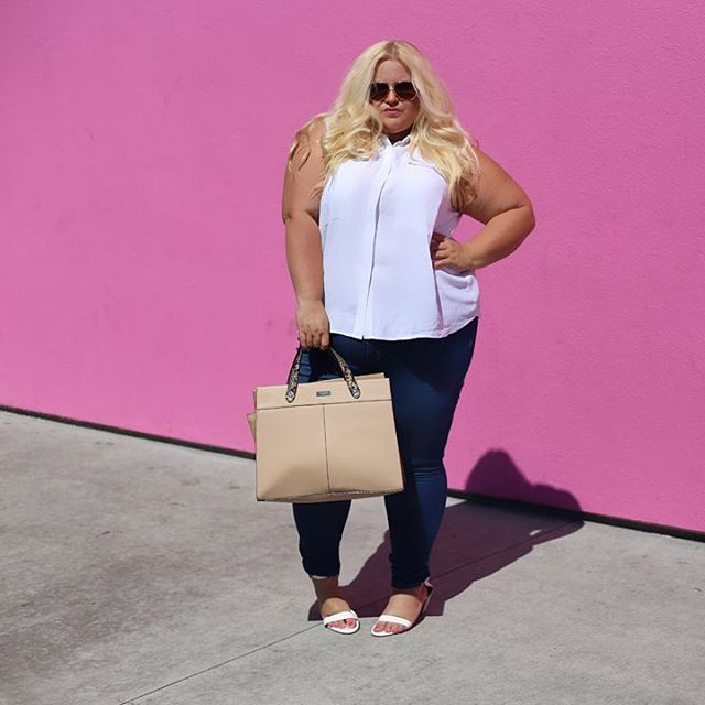 014498de9f28b Plus Size blogger Jolene from Boardroom Blonde rocking FTF s new plus size  denim. Click to shop FTF s Skinny Jean ( 38.90)