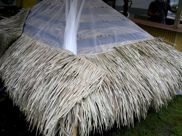 How To Build A Tiki Bar With A Thatched Roof Outdoor Tiki Bar Tiki Bars Diy Tiki Bar