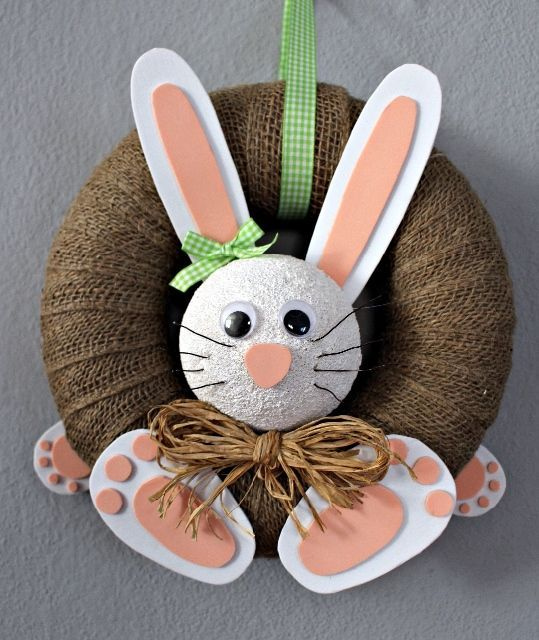 Plastic Oval Easter Bunnies /& Chicks Hanging Bonnet Decorations