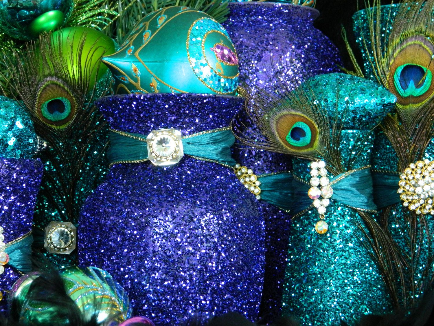 Peacock decoratoins decorations peacock centerpiece peacock peacock wedding decorations peacock centerpiece make your own with mason jars mod podge glitter junglespirit Images