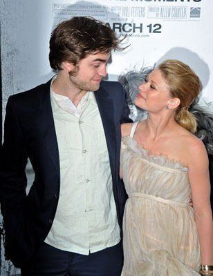Emilie de Ravin and Robert Pattinson at event of Remember Me