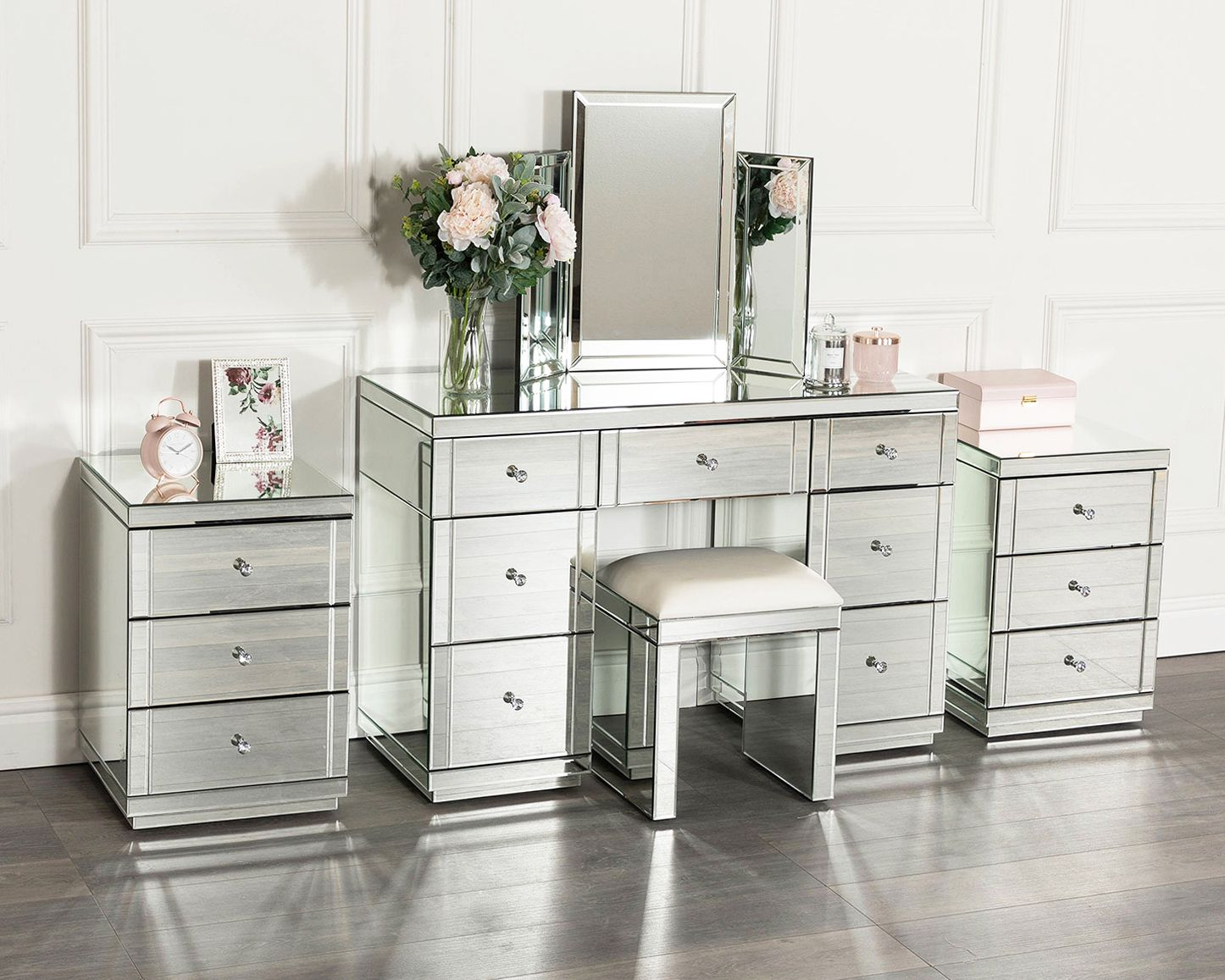 Best Silver Mirrored Dressing Table Set With 2 X 3 Drawer 640 x 480