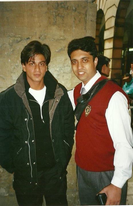 On The Sets Of Mohabbatein Shahrukh Khan Shah Rukh Khan Movies Khan
