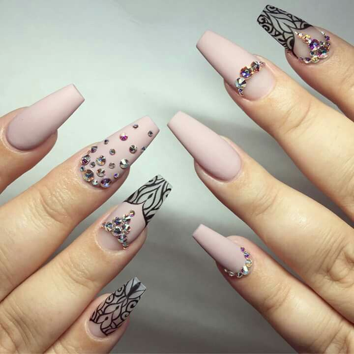 Pin by Shapes By Magaly Vizuete on Nails   Pinterest   Neutral nail ...