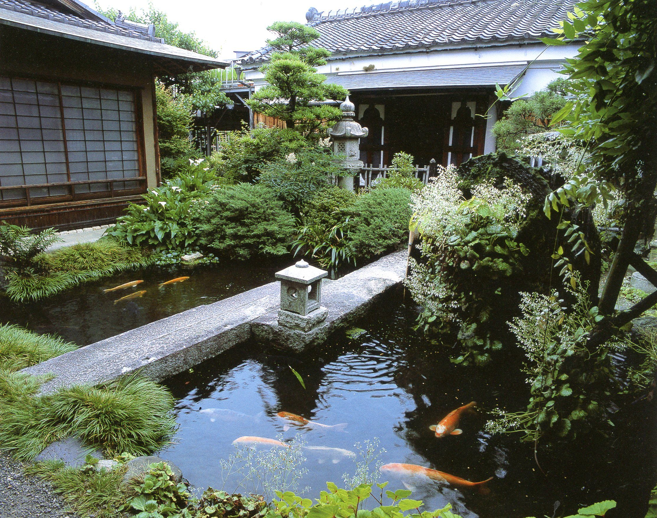 Yamanaka Oil Landscapes For Small Spaces Japanese Courtyard Gardens, By