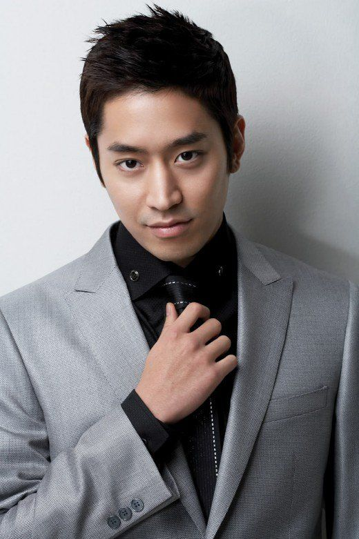 Twenty Hot And Good Looking Kpop Male Idols Turned Actors Eric Mun Actors Eric