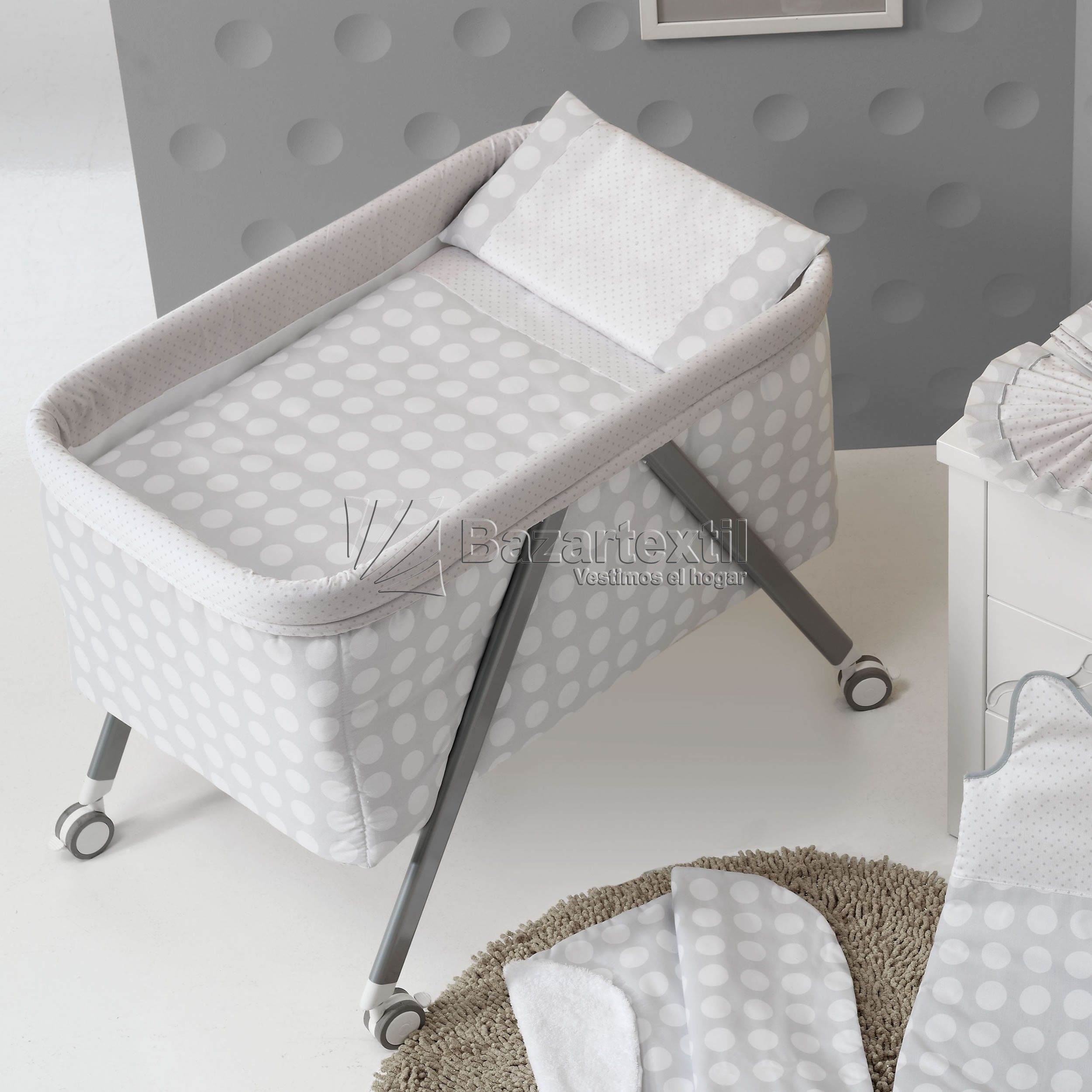 d6fa0ce56 Minicuna Aluminio Lunares Gris Interbaby | Habitació bebe | Plastic ...