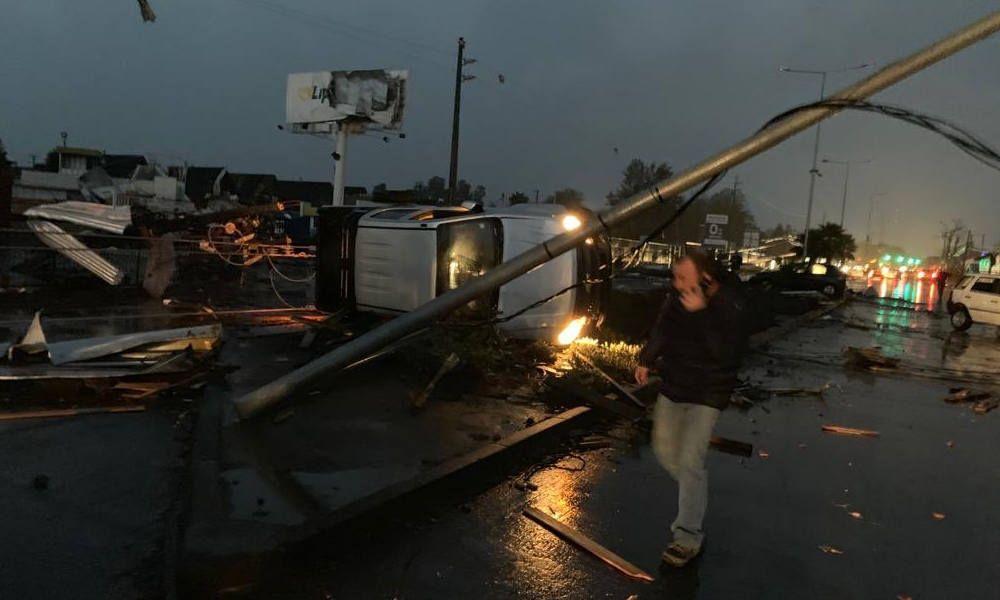 Rare Tornado Hits Central Chile Injuring At Least 16 Chile Los Angeles San Carlos