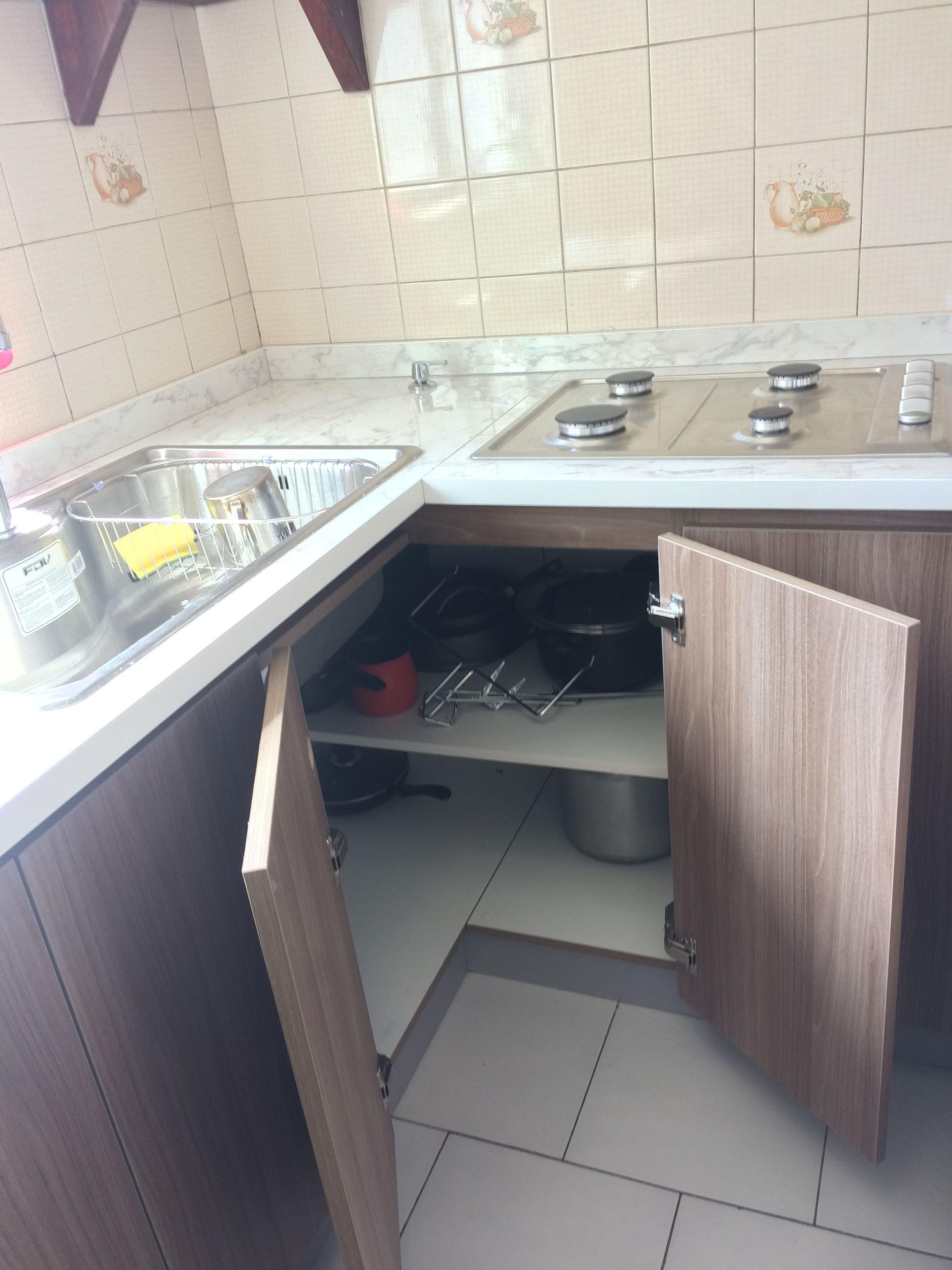 Soluciones para esquinas de cocina, 2 puertas con bisagras de 180 ...