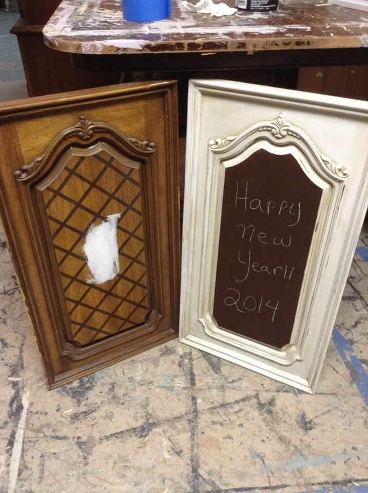 An old cabinet door makes a great chalkboard! from Dumpster Diva