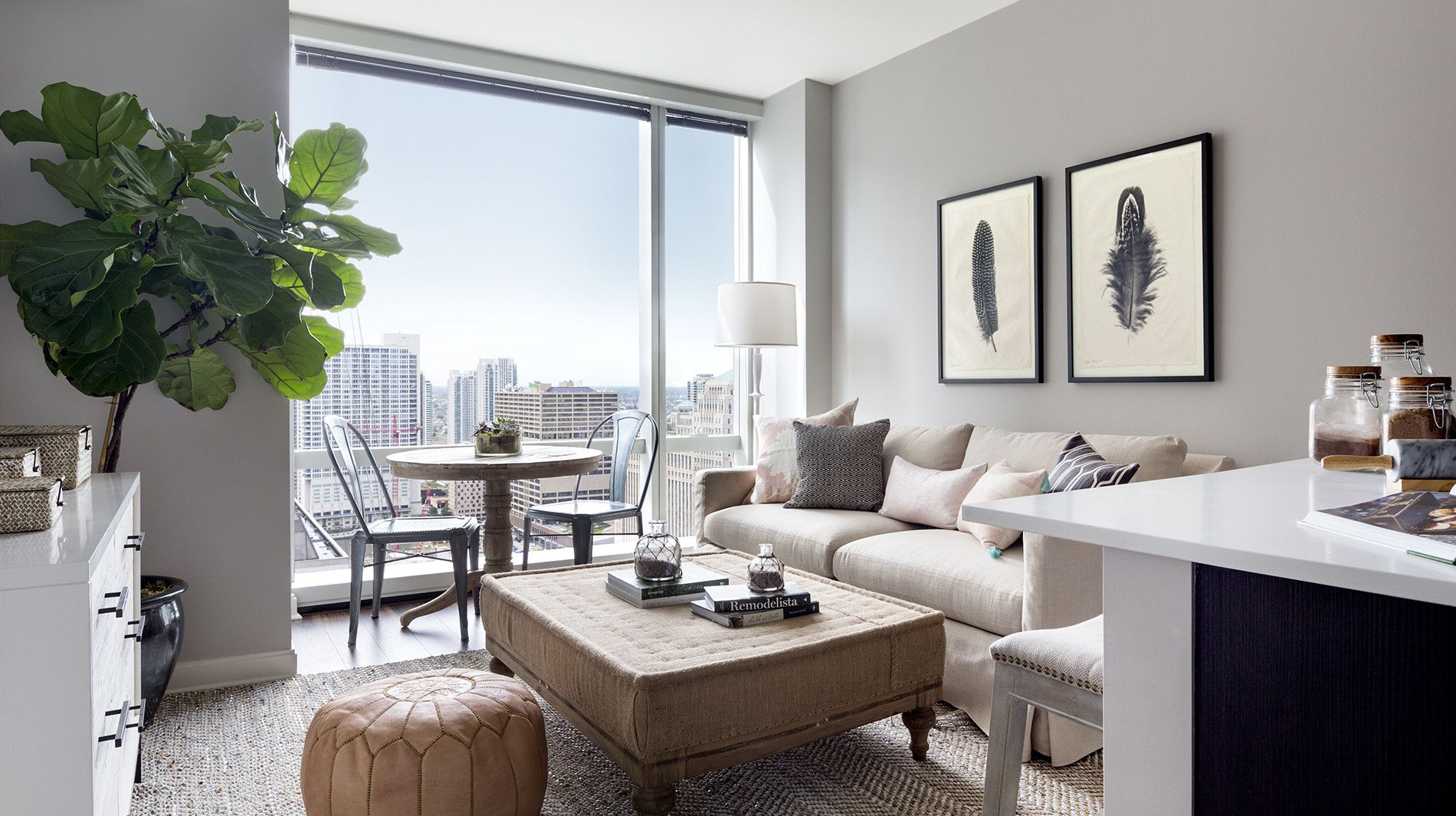 An Exquisite Interior Of A Luxury Chicago Apartment At OneEleven On Wacker  Drive