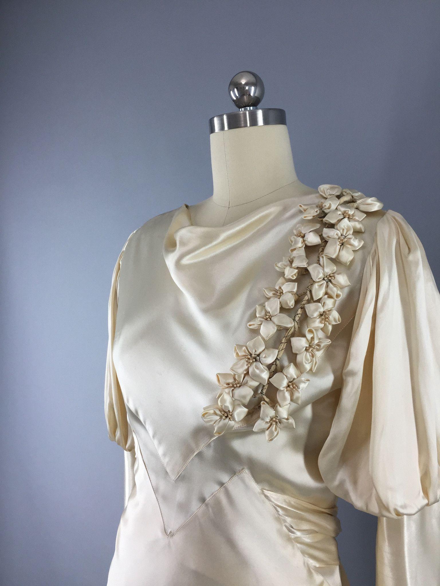 S vintage bias cut ivory satin bridal gown wedding dress s