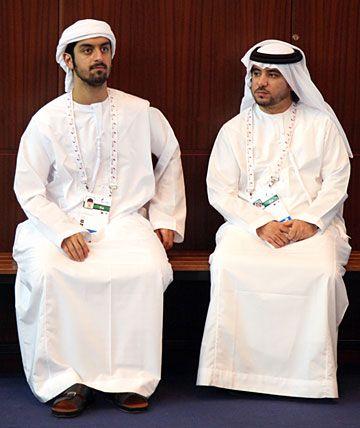 Vestimenta Arabe Tradicional Buscar Con Google Arabe Vestimenta Vestimenta Tradicional Vestimenta Hombre