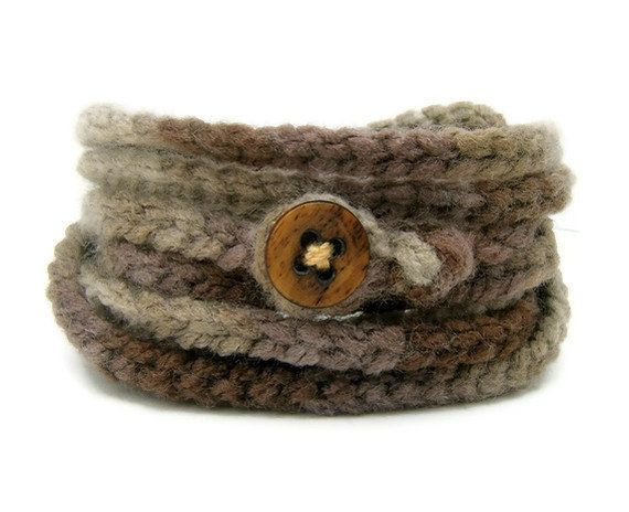 Wrapping chain bracelet - Brown Bess. Fun and funky stylish summer fashion jewelry, comfy and soft chunky yarn in shades of beige. $10.00, via Etsy.