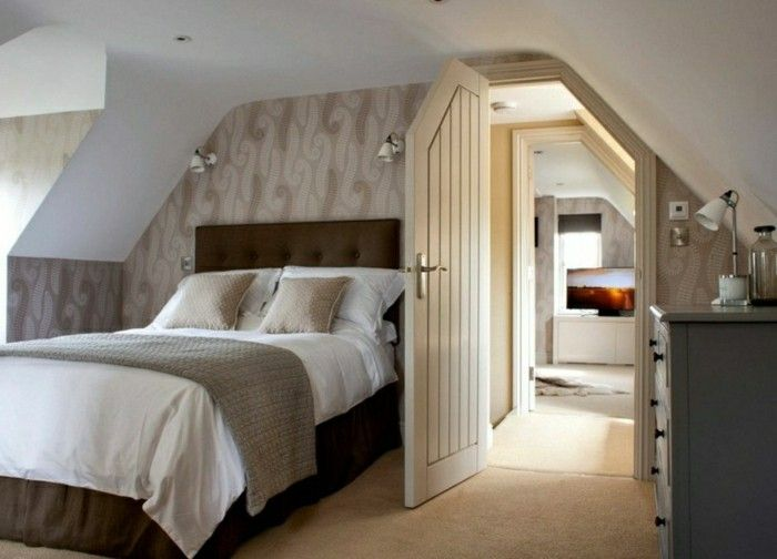 schlafzimmer einrichten braunes bett und schöne tapete - tapete für schlafzimmer