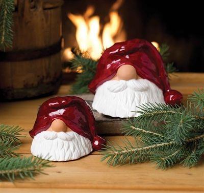 ceramic tomtar figurines t pfern f r weihnachten. Black Bedroom Furniture Sets. Home Design Ideas