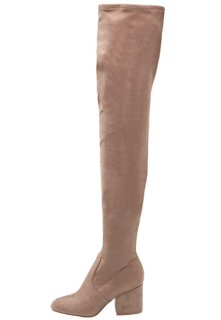 9b54d0528ea ¡Consigue este tipo de botas de caña alta de Steve Madden ahora! Haz clic