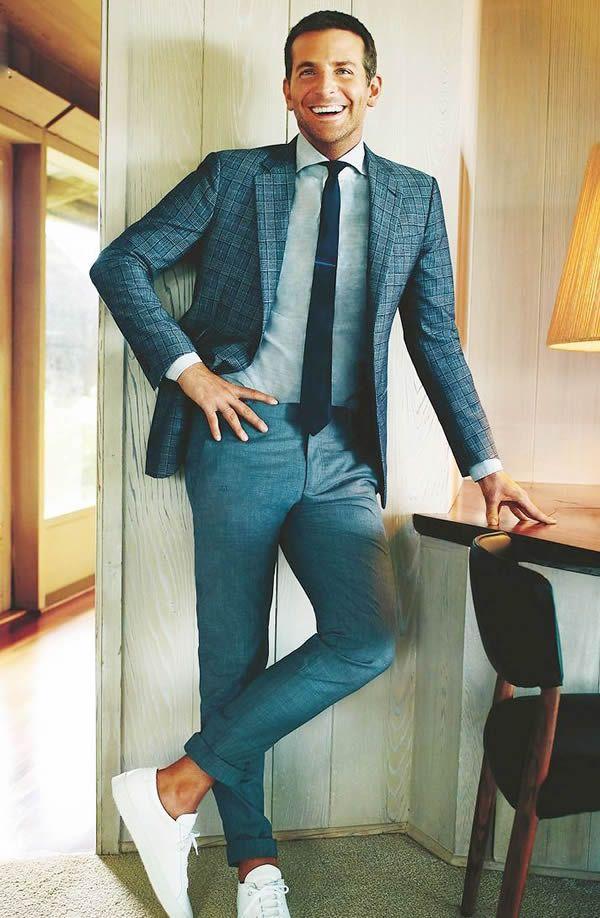 c15c4b3ad Social e tênis branco Bradley Cooper Roupa Social Masculina, Moda Masculina  Dicas, Acessórios Masculinos