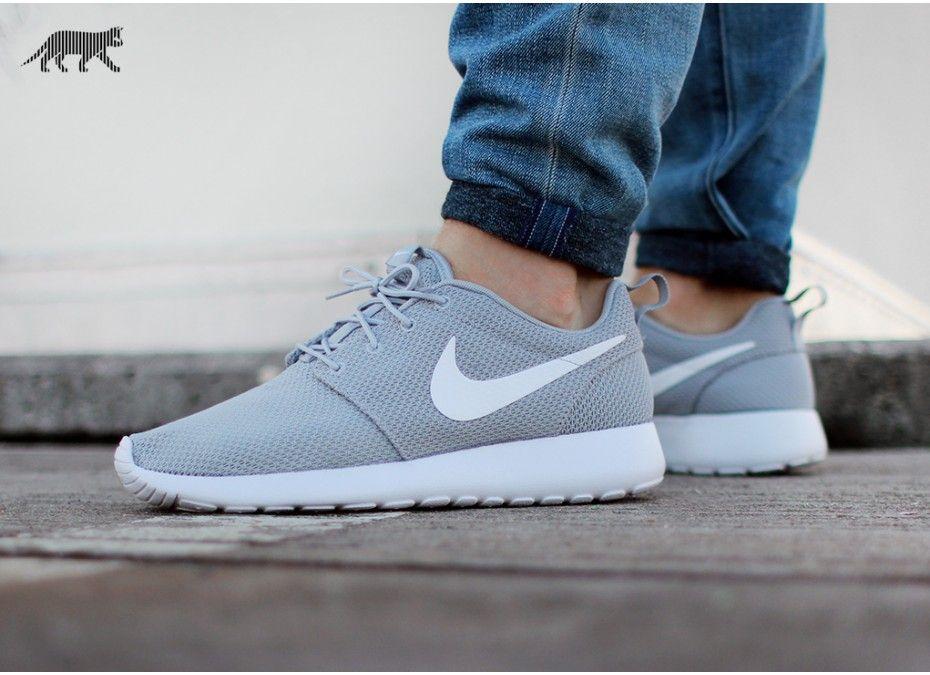 Nike Roshe Run Grey White