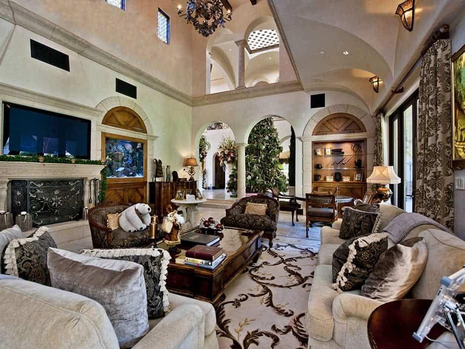 101 Mediterranean Style Living Room Ideas Photos Tuscan Design Mansion Living Mediterranean Home Decor