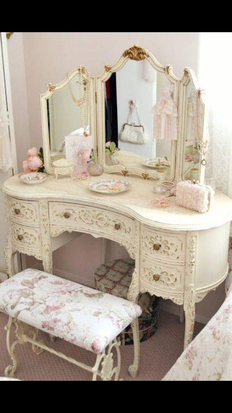 Vintage   Shabby chic romantic bedroom, Shabby chic decor ...