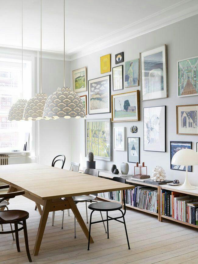 its a elegant idea for modern classic interior wall gallery decoration - Interior Gallery Design