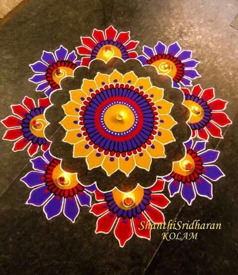 Beautiful Rangoli For Diwali Kolam Designs Rangoli Designs Rangoli Designs Flower