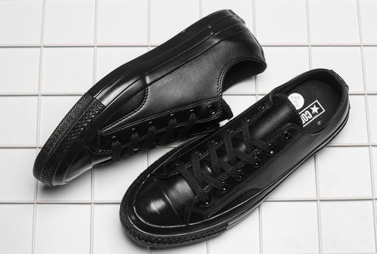7503344125c6 Mono Black Leather Converse 1970s Chuck Taylor All Star Low Shoes  converse   shoes