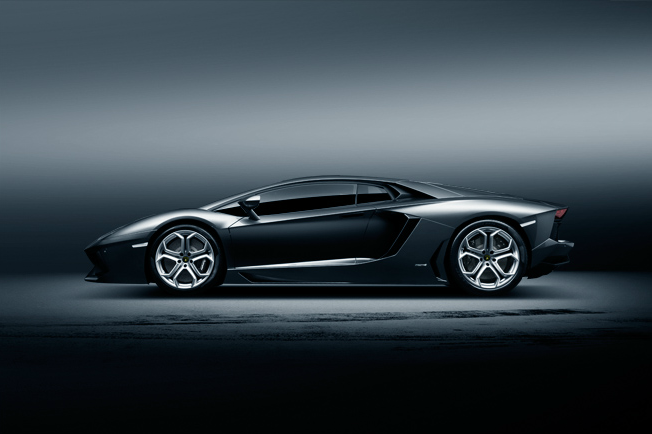 Lamborghini Aventador — © Easton Chang