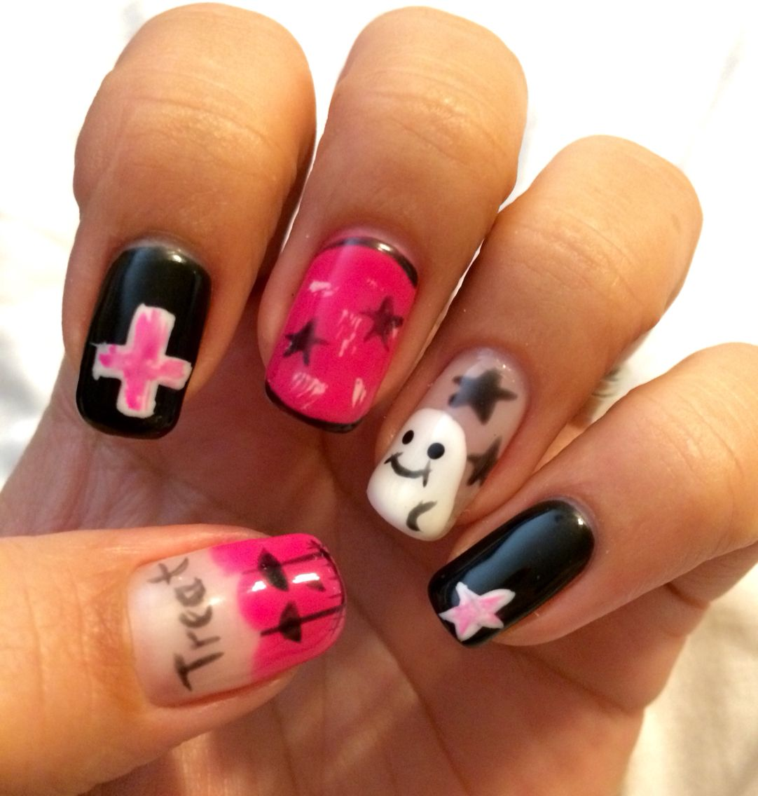 Pink and black Halloween nails. #breast #cancer gel nails ...