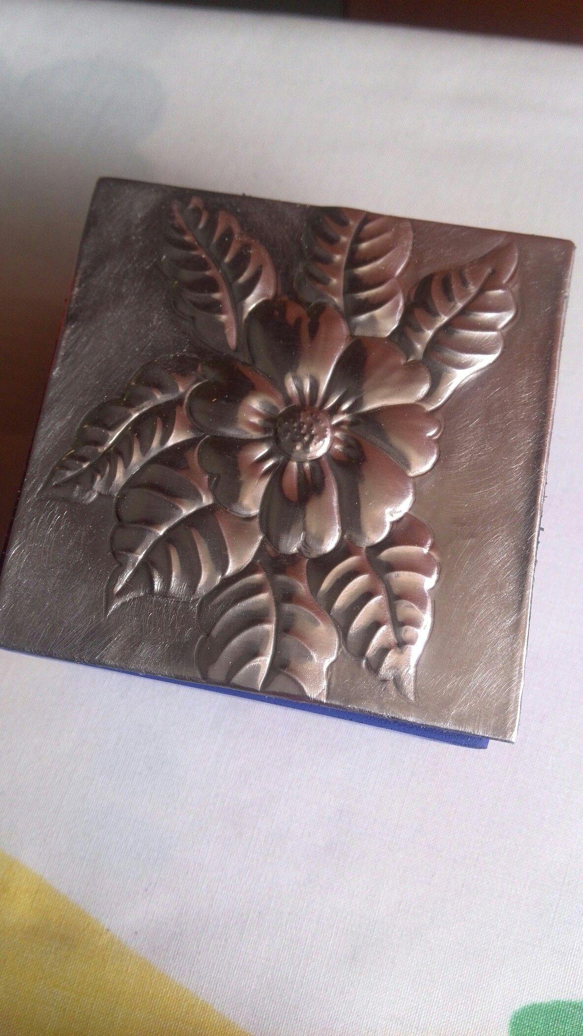 Caja Repujada En Aluminio Arte Cobre Arte De Hojalata Estano Arte Lamina