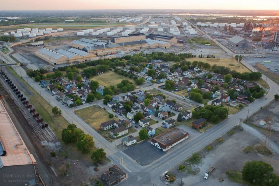 The Waning Days Of Indiana S Model Factory Town Indiana English Village Towns